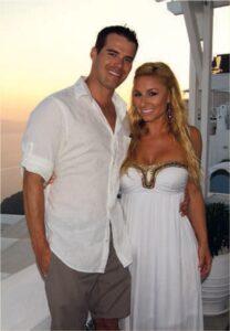 Alexis-DelChario-With-Husband