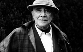 Manucho Mujica Lainez