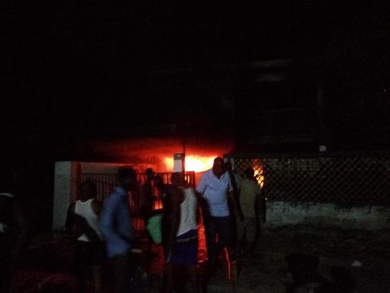 fire-destroyed-houses-in-festac-1