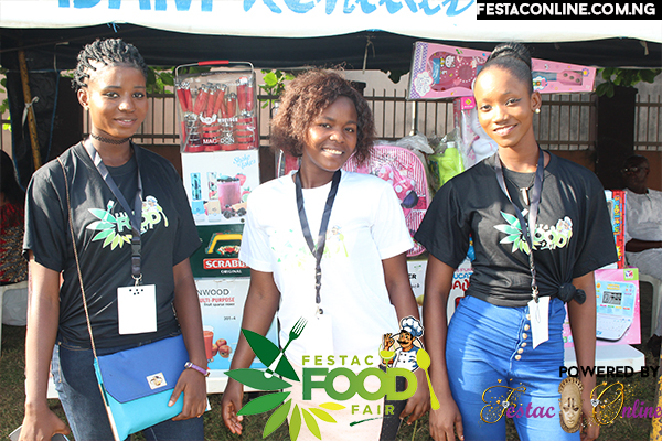 volunteers-at-at-festac-food-fair-2016