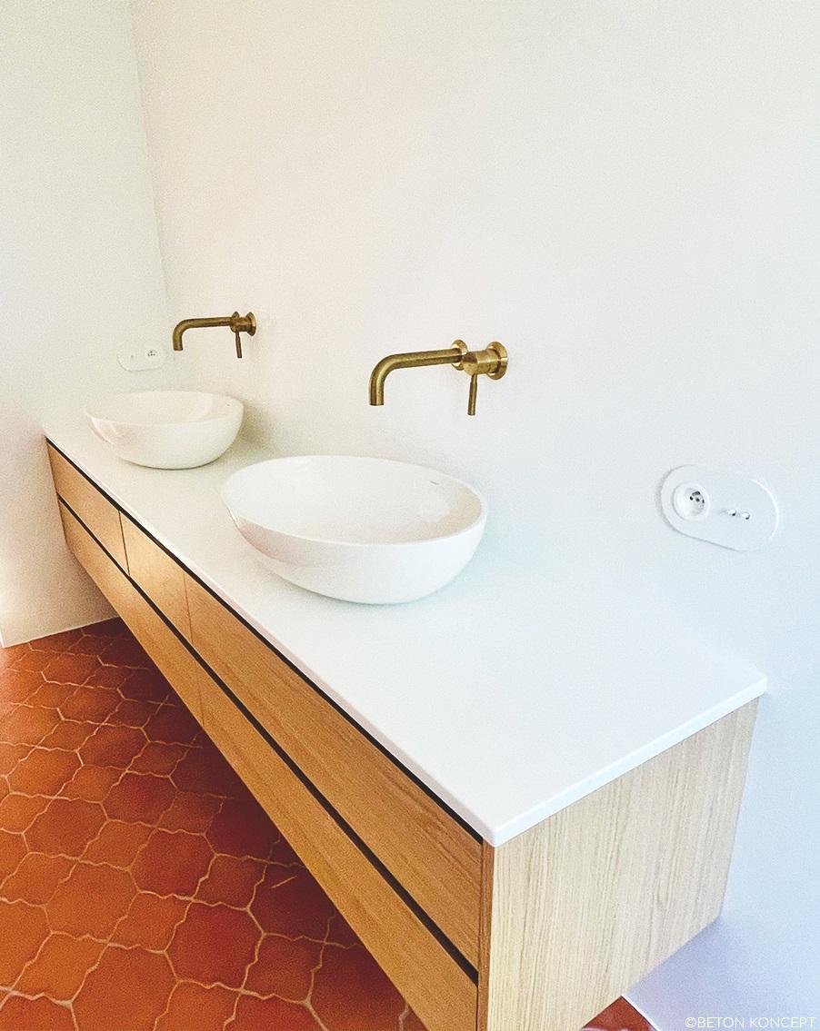 styl marokański - mikrocement w łazience