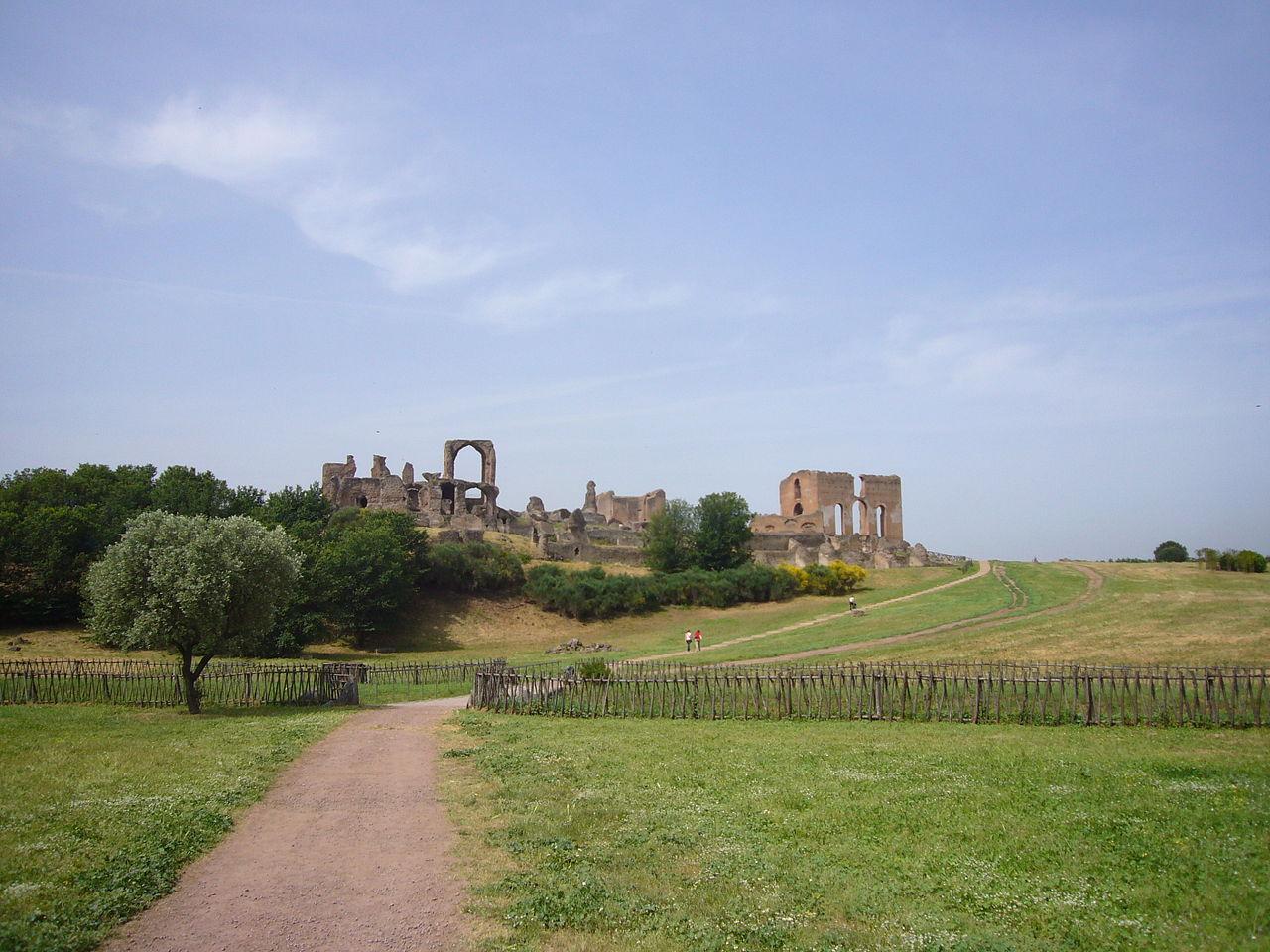 La Villa dei Quintili: una villa scenografica sull'Appia