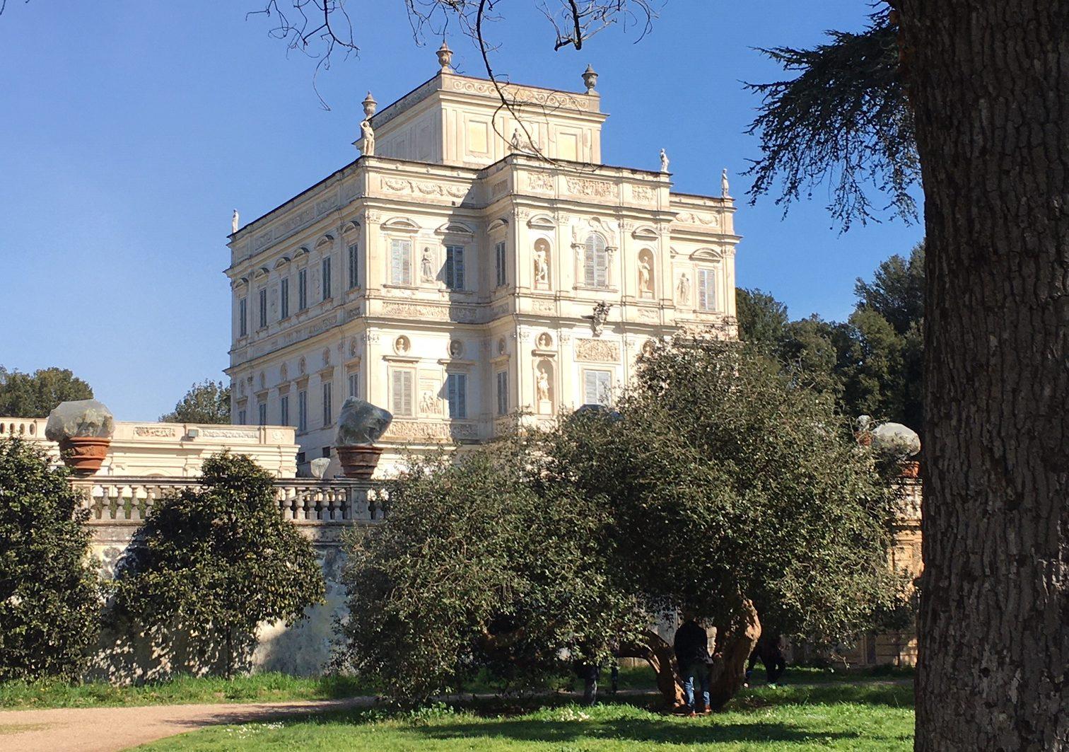 Una residenza privata divenuta parco pubblico: l'imponenza di Villa Doria Pamphilj