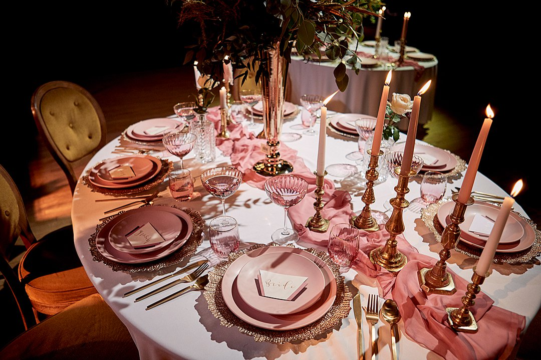 1920'S wedding inspiration in pastel rose huse 1
