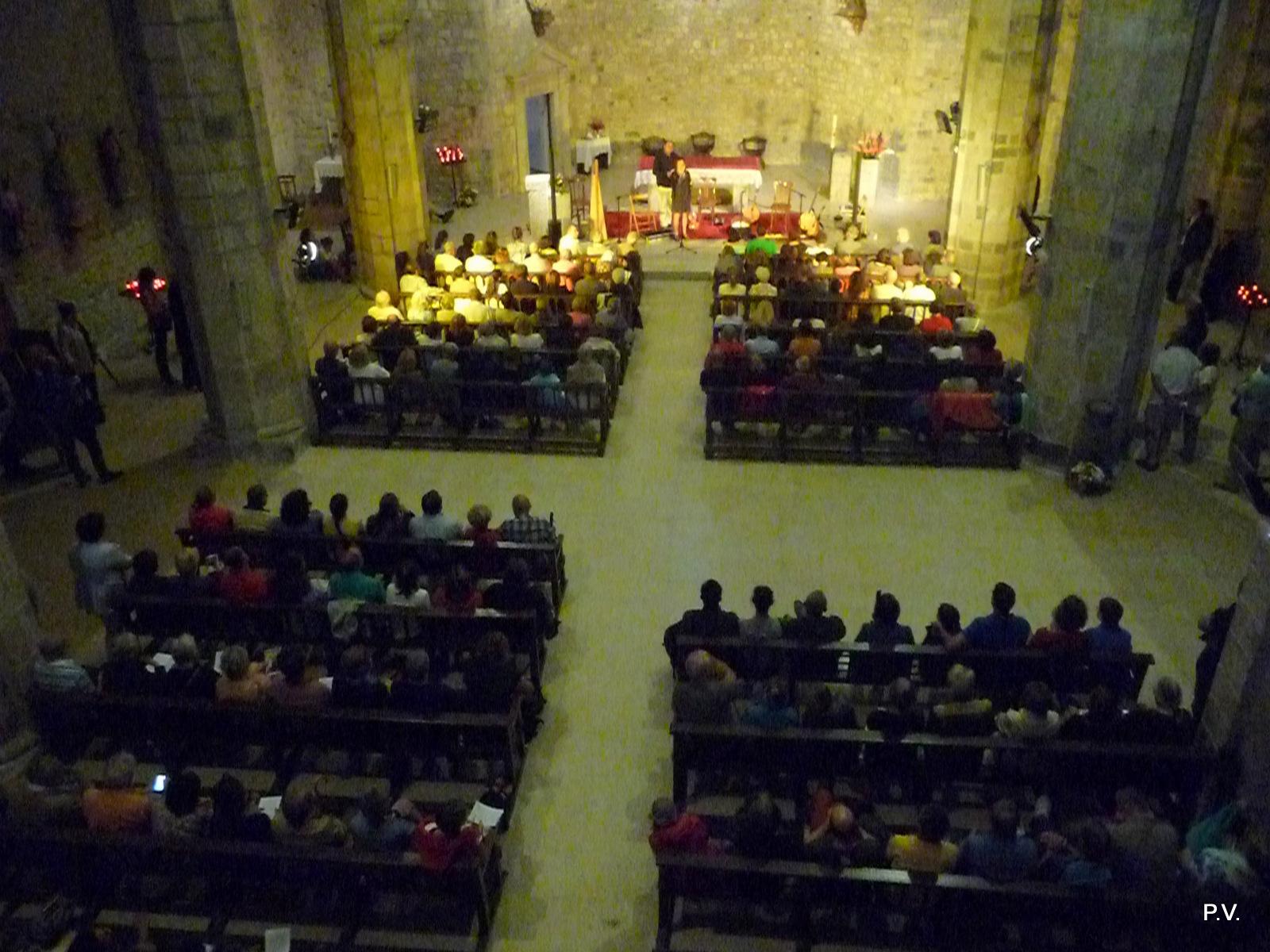 Une audience nombreuse dans l'église de Bielsa pour le trio Bogha