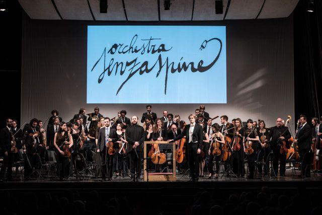 La Petite messe Solennelle, nuovo spettacolo dell'Orchestra Senzaspine