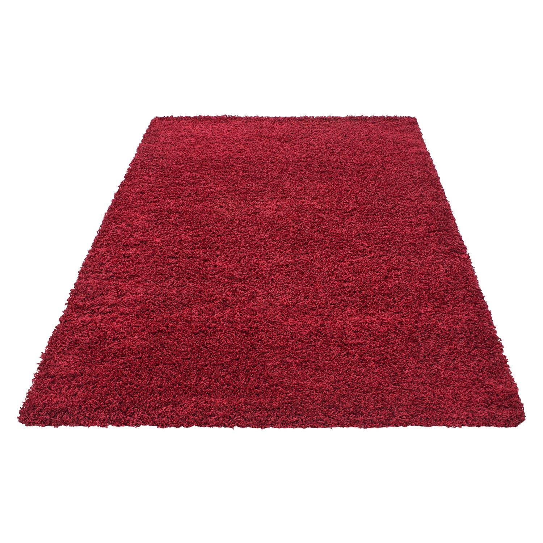 tapis shaggy rouge moderne tapis design uni en polypropylene vasco