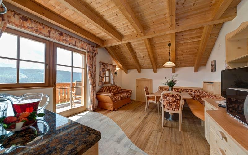 Appartamenti in Val Casies al Plan de Corones  casa