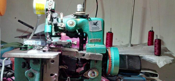 Mempersiapkan Mesin Jahit Semi Otomatis dan Penyelesaian
