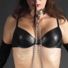 black-padded-bra