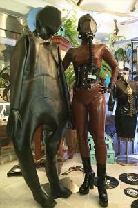 kurageによるラバーキャットスーツ(ラバースーツ)