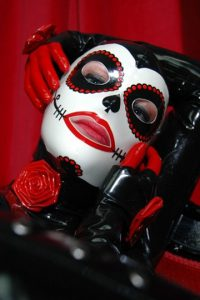 La Muerta latex Hood