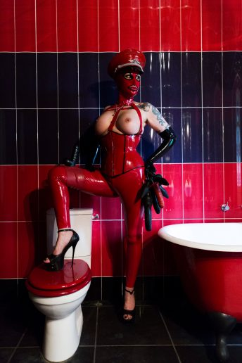 Miss Velour heavy rubber mistress london