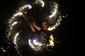 Funkenfaecher Pyroperformance