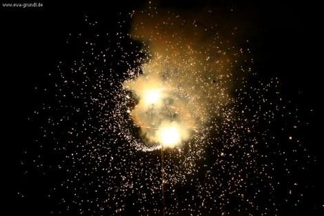 Pyro Bodenfeuerwerk Sonne