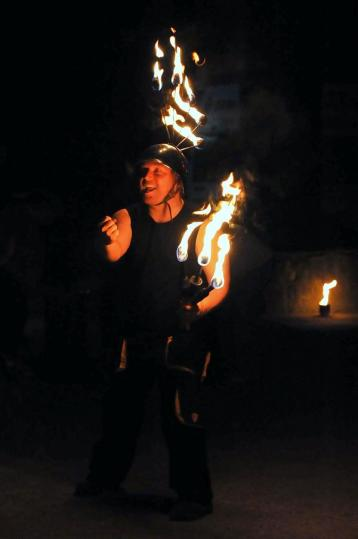 Feuershow Sam