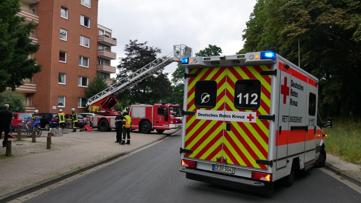 Feuer in Kche  Freiw Feuerwehr Celle