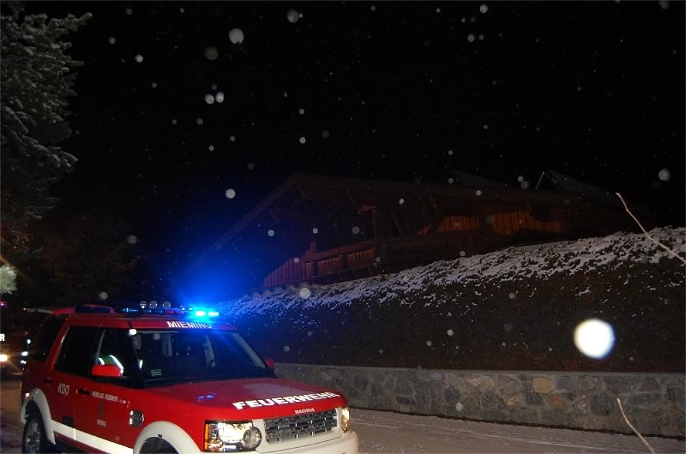 Kaminbrand in Untermieming - Starker Funkenflug, Foto: Freiwillige Feuerwehr Mieming
