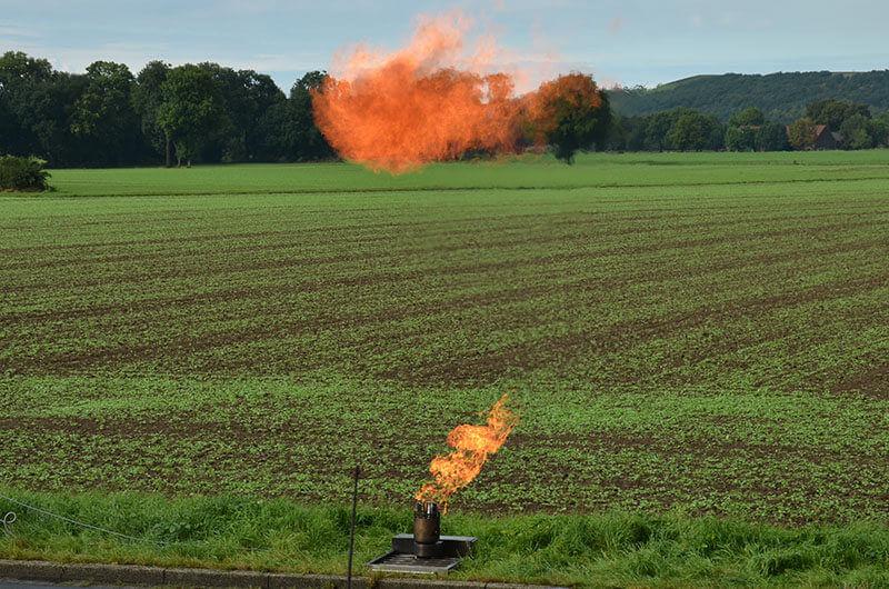 bst_firetrainer_spraydosen_explosion