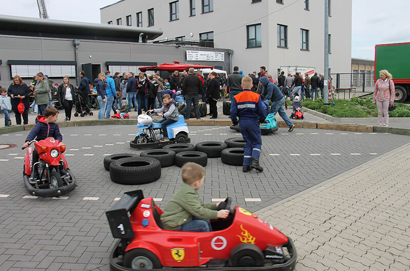 bst18_vly_hof_miniscooter_parcours