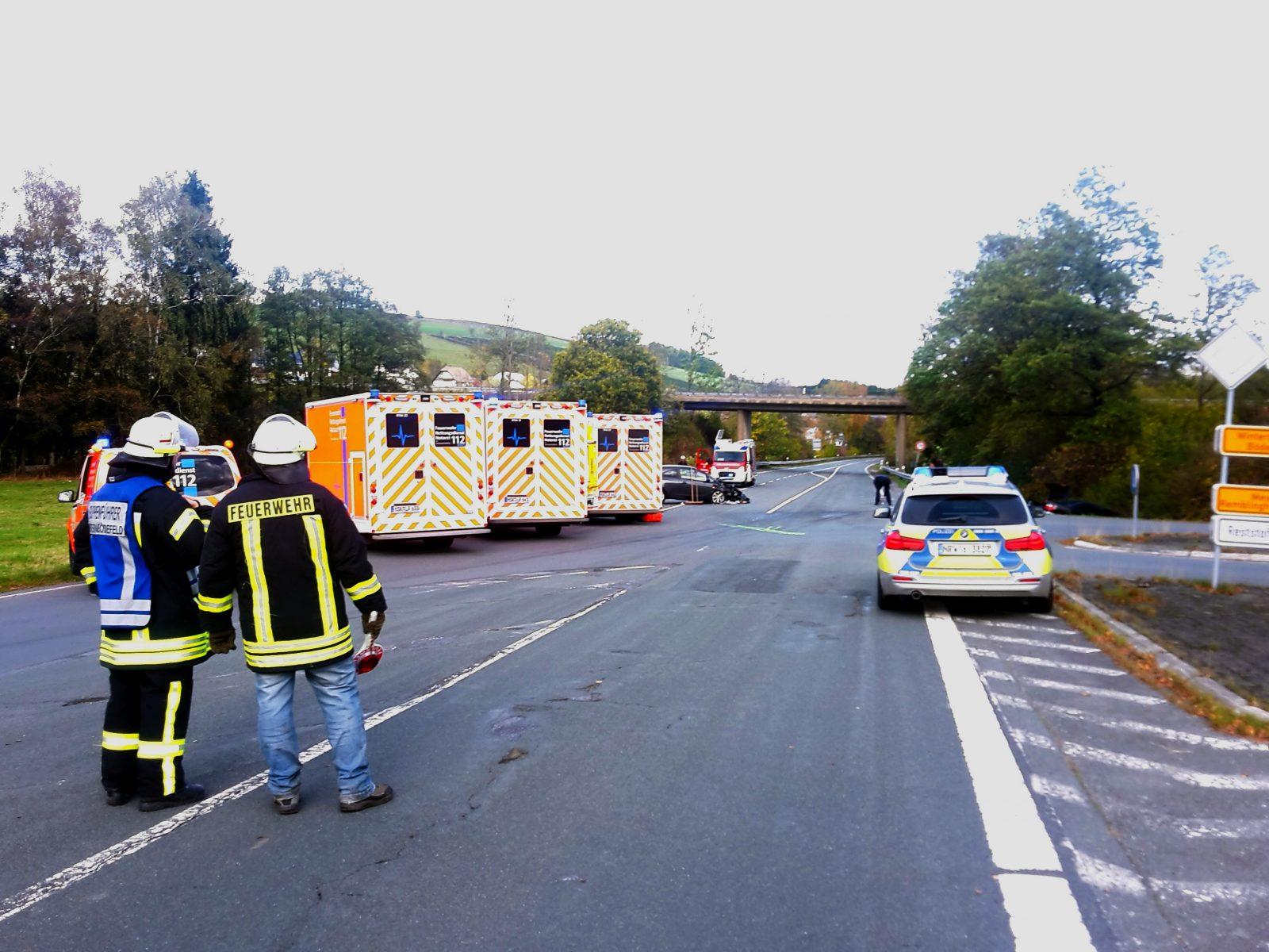 Verkehrsunfall mit drei Verletzten Ortseingang Westernbödefeld