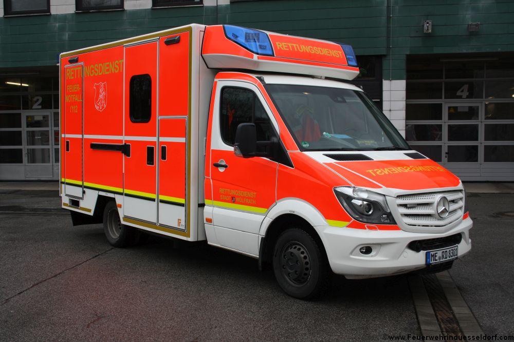 RTW MERD 8301 der Feuerwehr Wlfrath