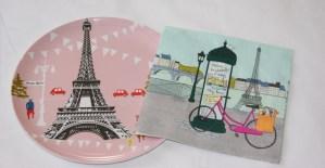 Assiette-rose-paris-serviette-papier-paris-feuilledechoux