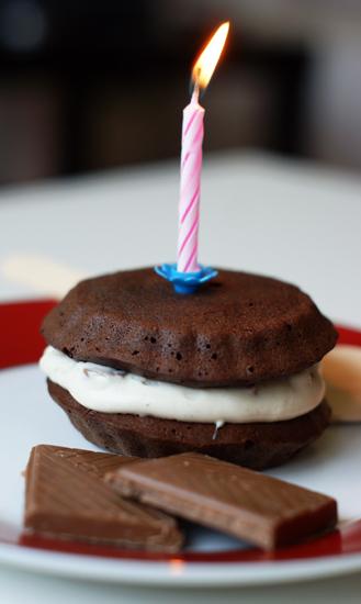 Gâteau au chocolat pour un anniversaire gourmand - Feuille de choux