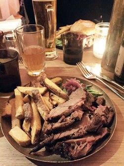 Boeuf brisket Texas style Paris Texas restaurant-Feuille de choux.