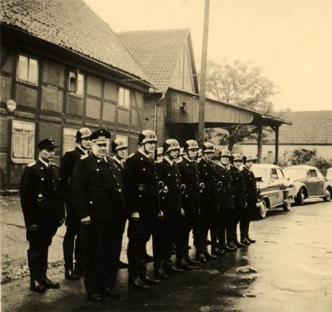 Gruppe Feuerwehr Schliekum 1952