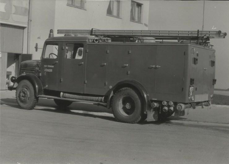 Neues Feuerwehrauto Baujahr 1957 im Jahr 1979