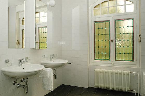 FriedliGenoux Architekten  Wohnung in Villa Clematis Bern