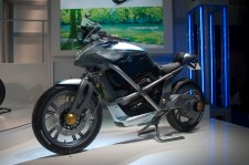Concept Suzuki Crosscage