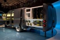Concept utilitaire ici équipé pour les professionnels de la plongée sous-marine. Nissan NV200.