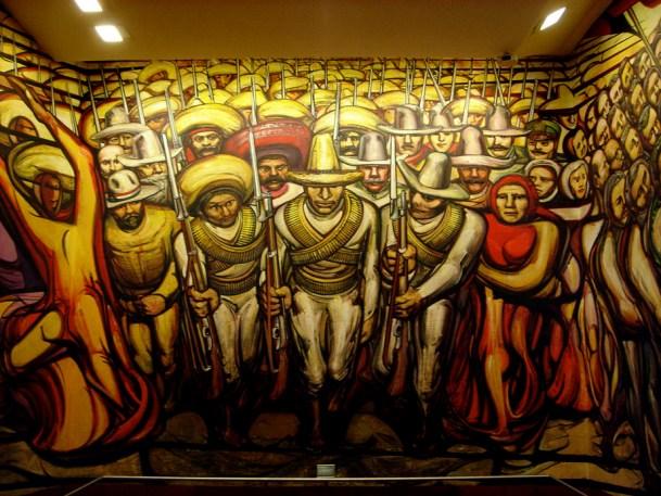 Une armée de mexicains, fresque de Siqueiros