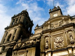 Cathédrale métropolitaine sur la place Zocalo, le centre historique de Mexico.