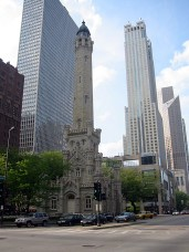 Sur Michigan Avenue, Magnificent Mile (5), une ancienne water House.