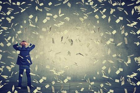 「今世得百倍」是錢滾錢的基督教「致富術」嗎?