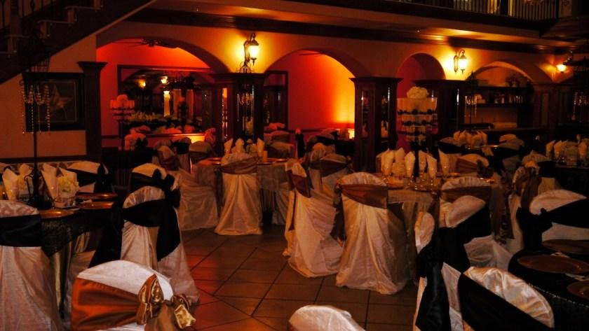 Herreras Reception Hall Amber LED Uplights Table Setting Full