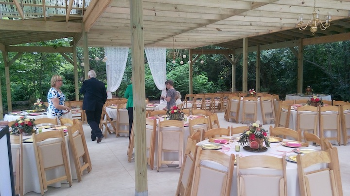 Hodge Podge Lodge Wedding Venue