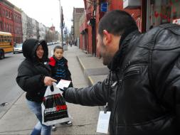 Census workers recruit Bushwick residents to work in the count - Photo: Alex Vros/EDLP