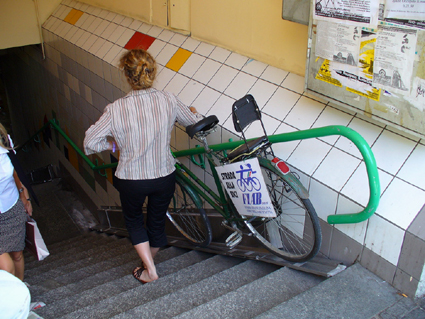 Il sottopassaggio della stazione di Rho (MI) - dal sito FIAIB