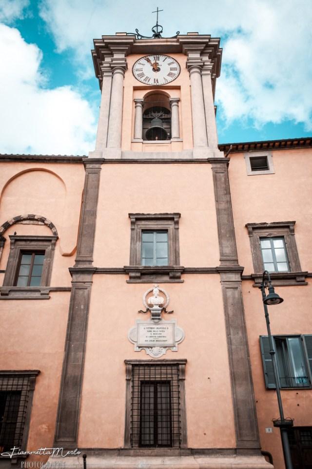 palazzo comunale tarquinia etruschi