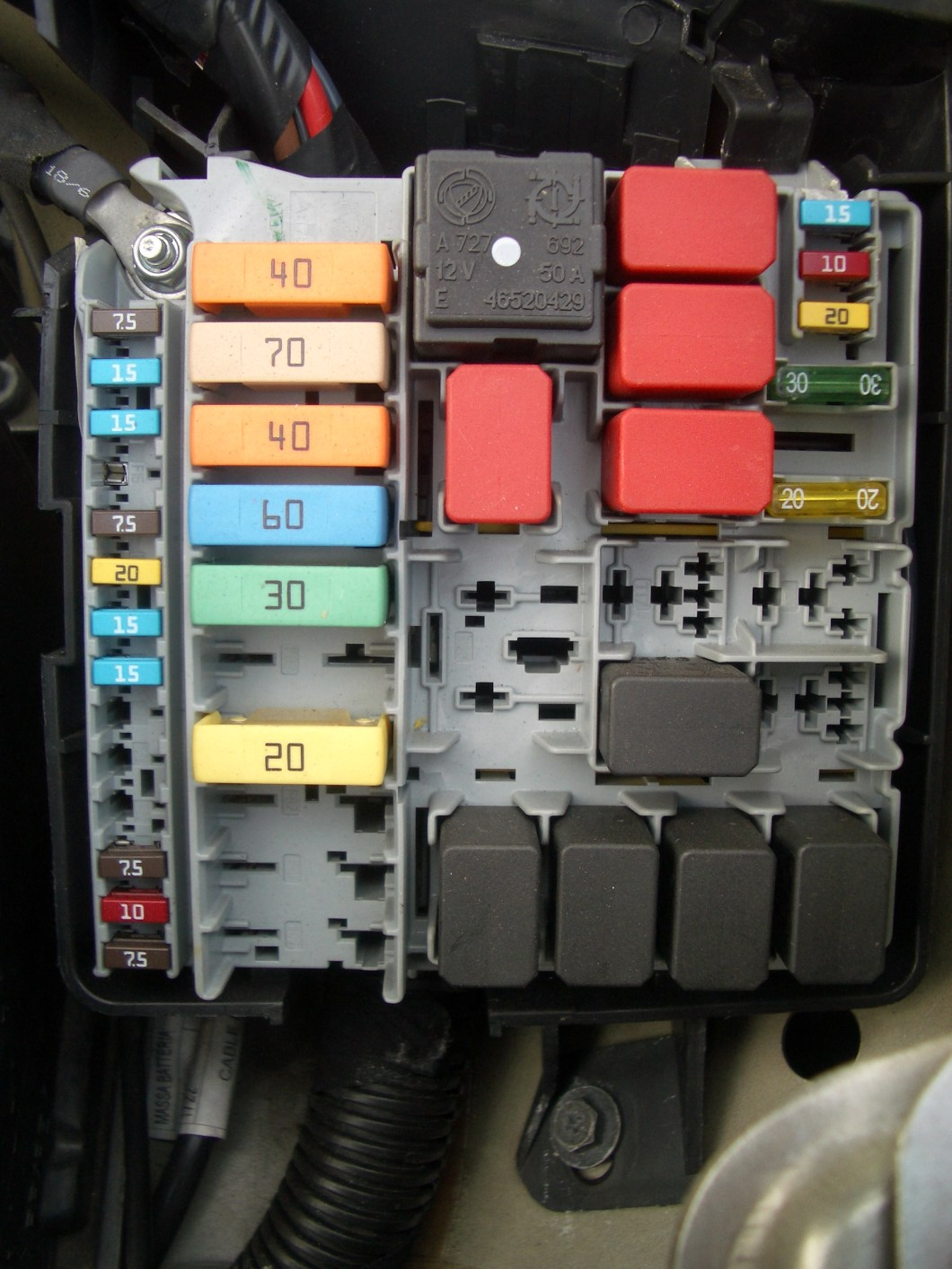 Fiat 500 Abarth Interior Fuse Box