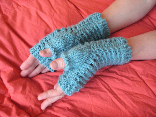 Knitted Gloves Pattern