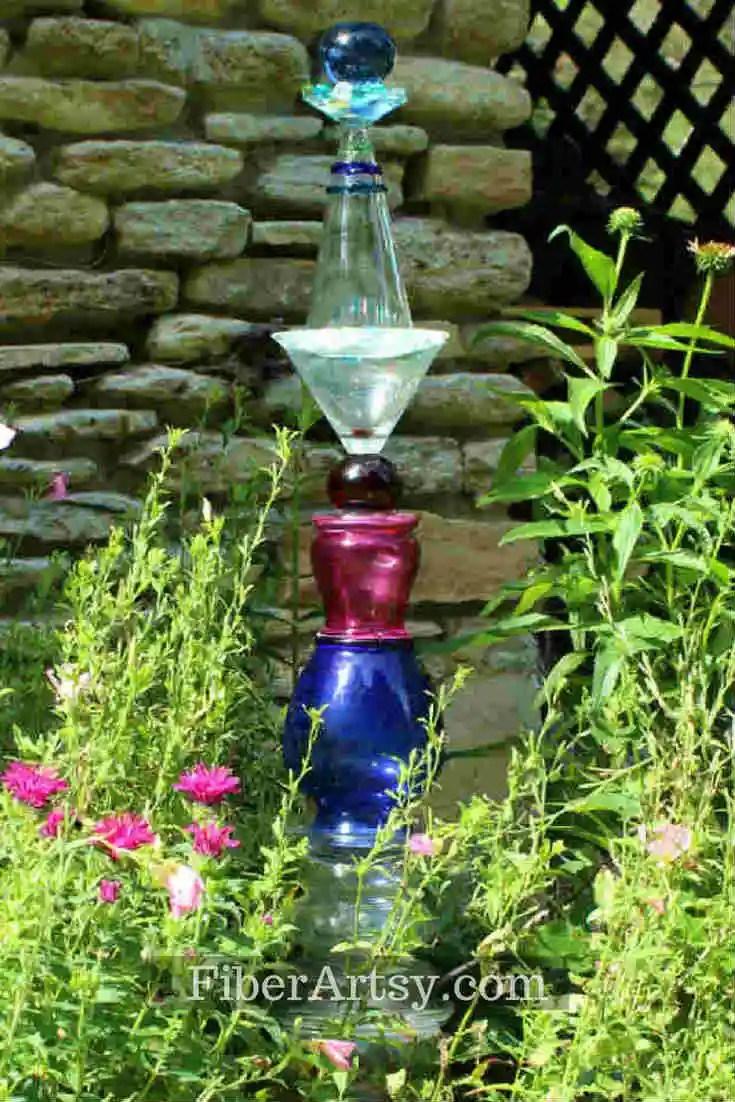 DIY Glass Garden Art Totem Pole - FiberArtsy.com