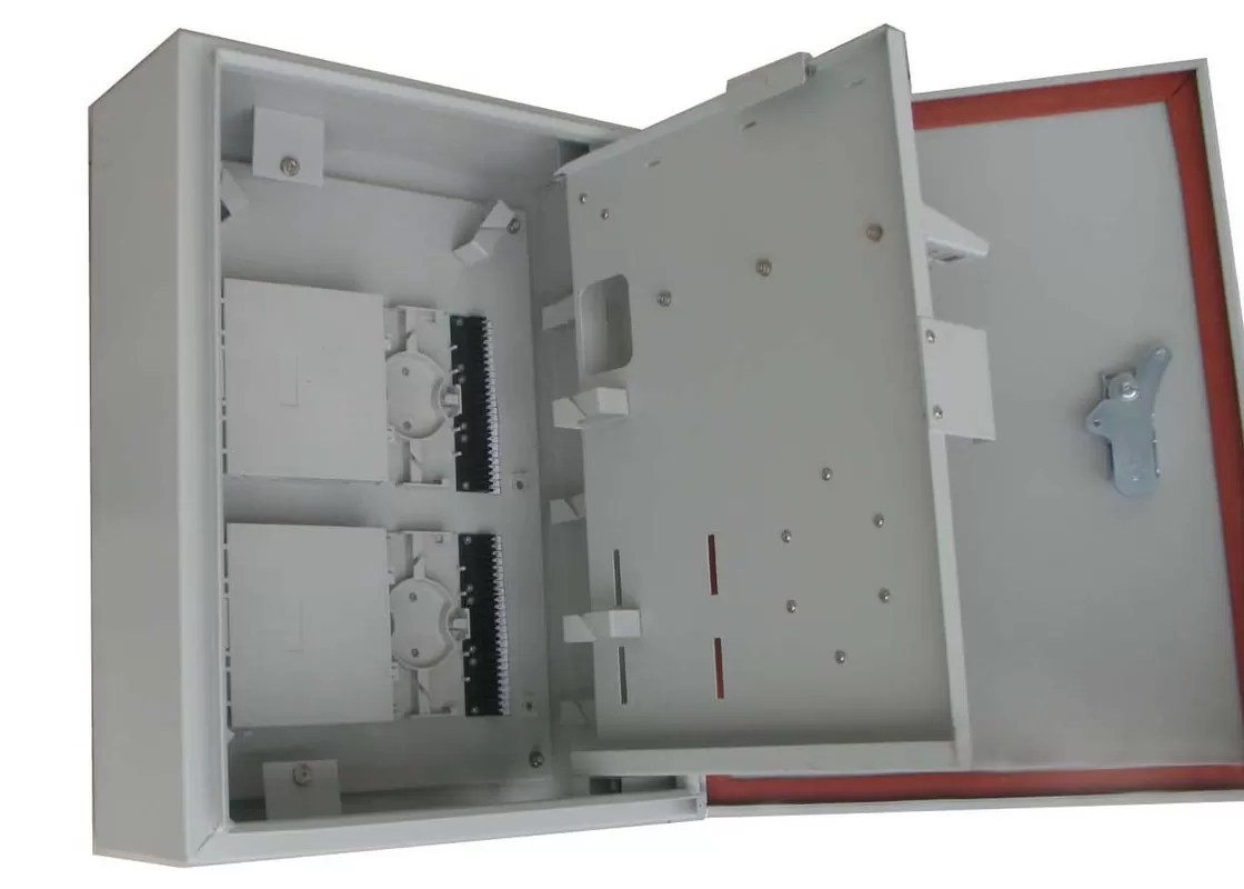 hight resolution of wall and pole mountable 32port ftth catv outdoor distribution box for 1 32 plc splitter