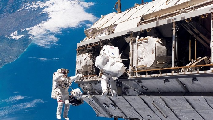 iss-experience-immersive-space-documentary-vr.jpg