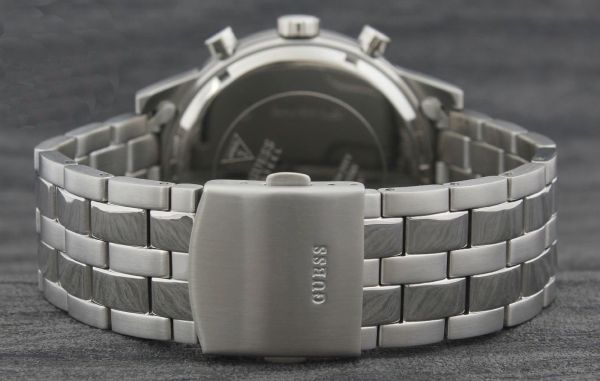 Guess Mens Quartz Watch, Chronograph Display and Stainless Steel Strap W0801G1 4
