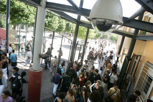 Non à l'installation de caméras de surveillances dans les lycées Normands !